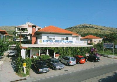 Hotel Hotel Trogirski Dvori Trogir Kroatien (Foto)