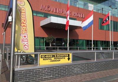 Hotel Mövenpick Amsterdam Amsterdam Niederlande (Foto)