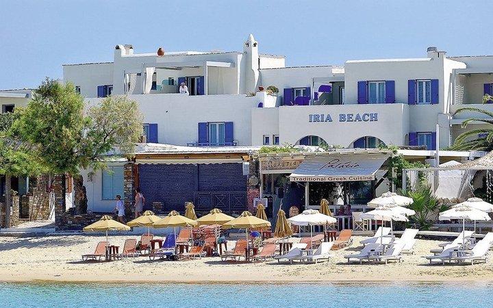 Iria Beach Art