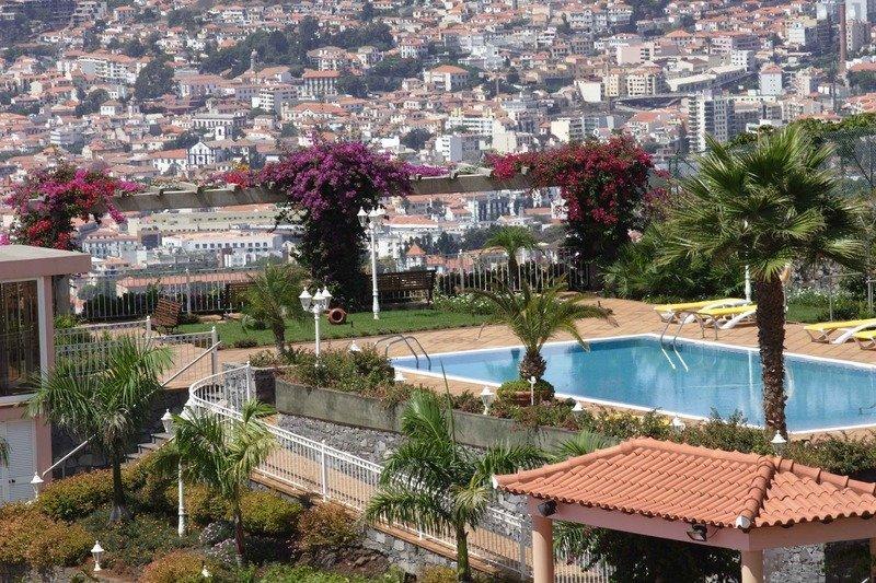 blumiger urlaub auf madeira 10 tage im 4 sterne hotel With katzennetz balkon mit oceans garden madeira