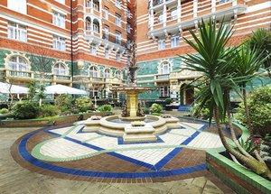 Taj 51 Buckingham Gate Suites & Residences