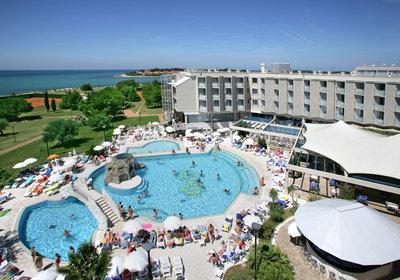 Hotel Maestral Novigrad Kroatien (Foto)