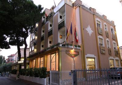 Hotel Cenisio Rimini Italien (Foto)